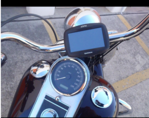 Garmin Zumo 390 LM handlebar mount